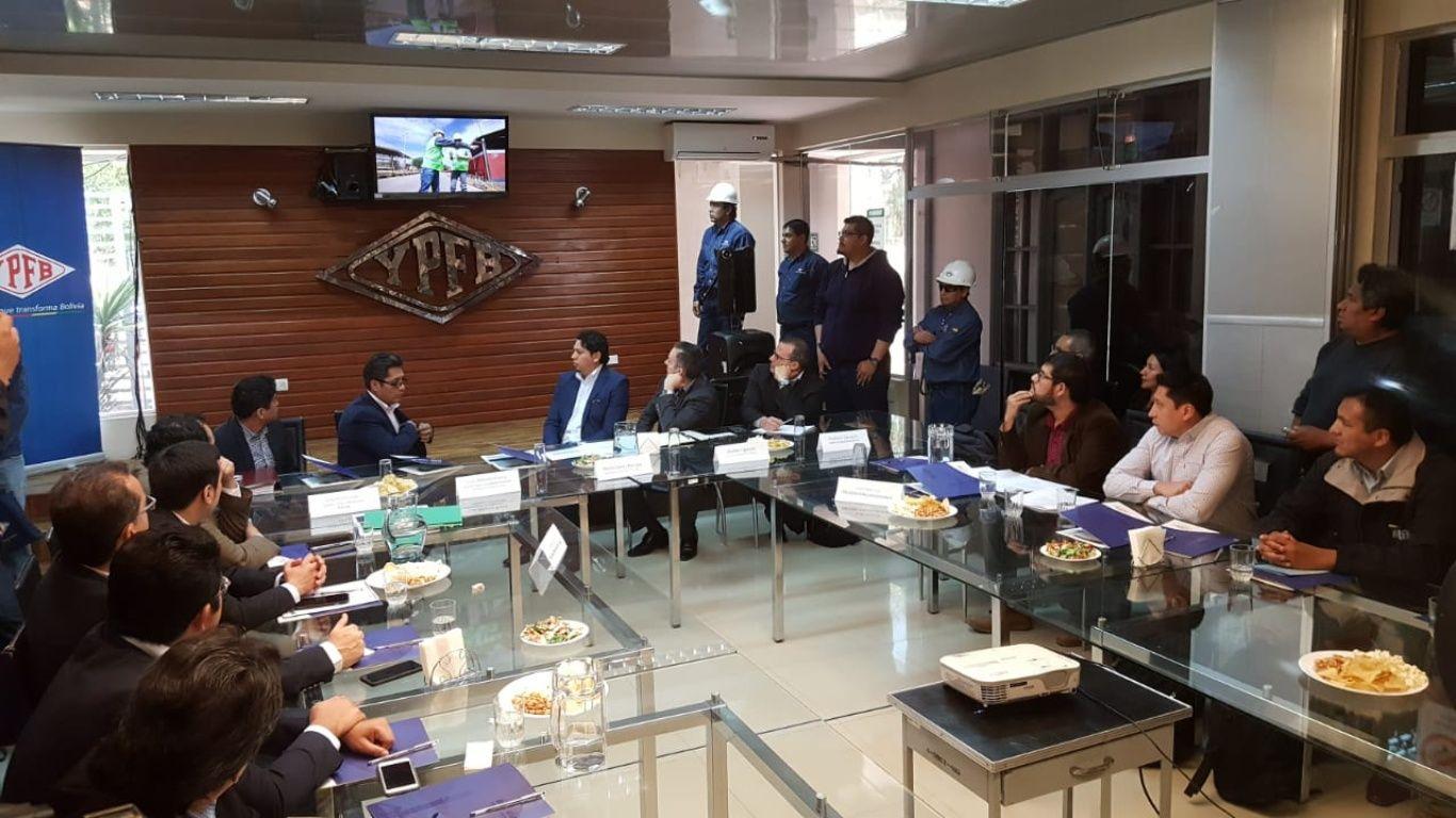 Delegación de Chuquisaca abandona reunión de Cochabamba sobre estudio de Incahuasi