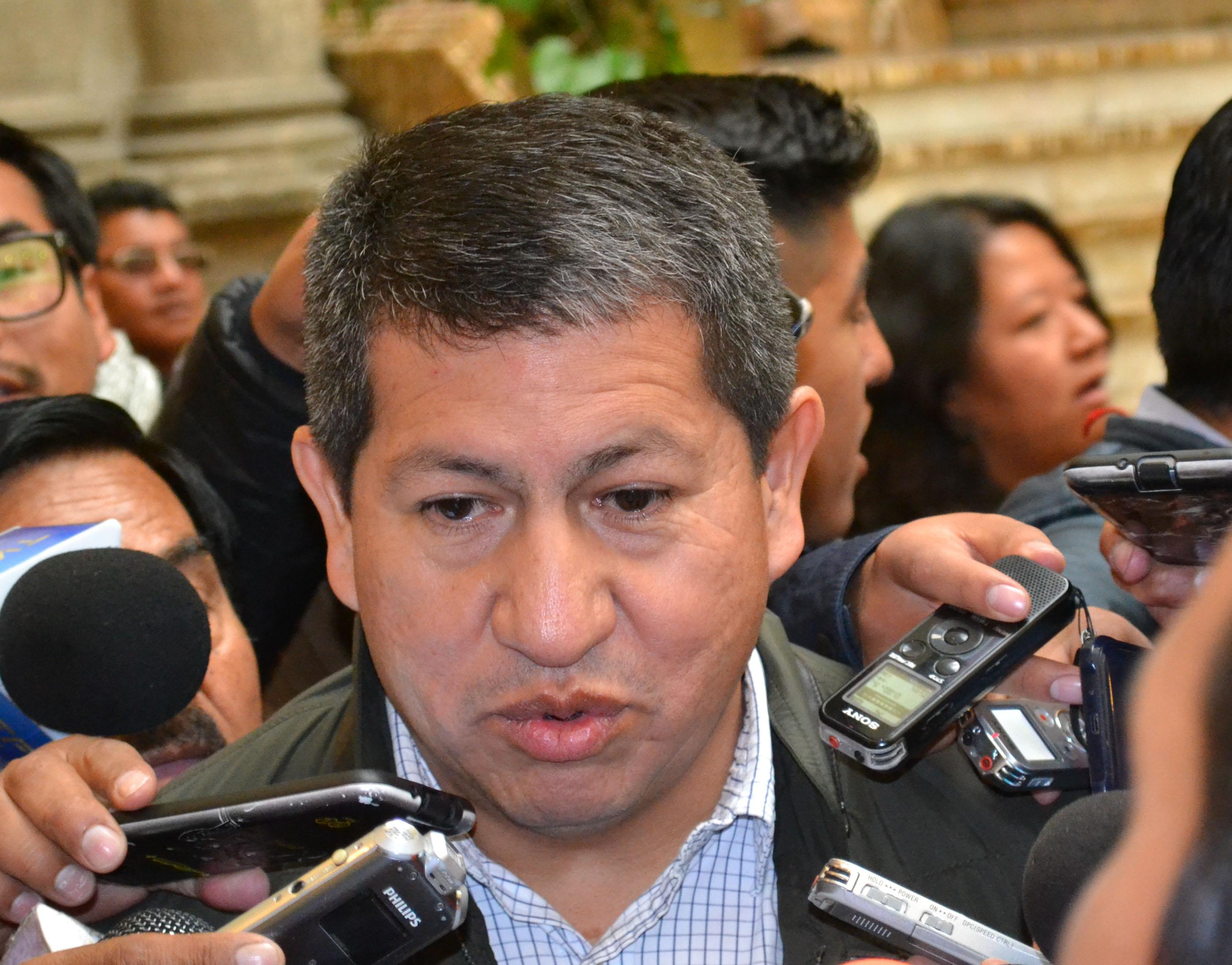 """Sánchez dice que viaje de Morales a Rusia permitió """"grandes acuerdos"""" en hidrocarburos"""
