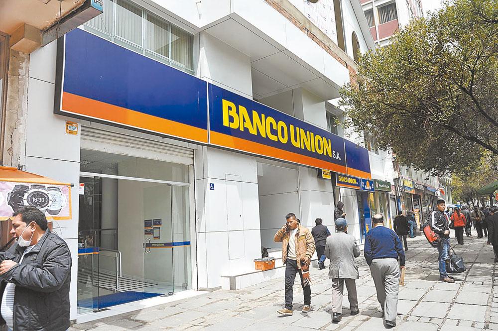 Banco Unión inicia brigada de ayuda social