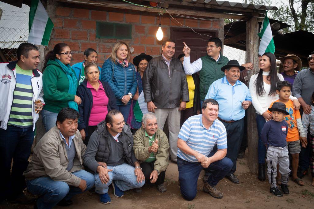Siete comunidades de El Torno celebran la construcción de su sistema eléctrico