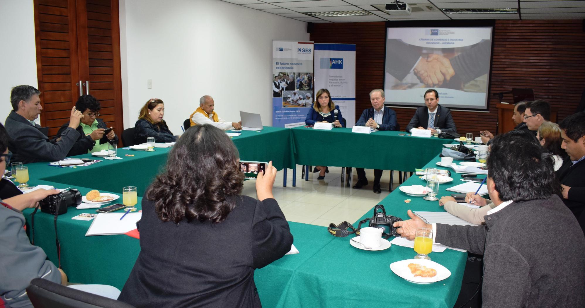 Expertos alemanes voluntarios apoyan  el desarrollo de empresas en Bolivia