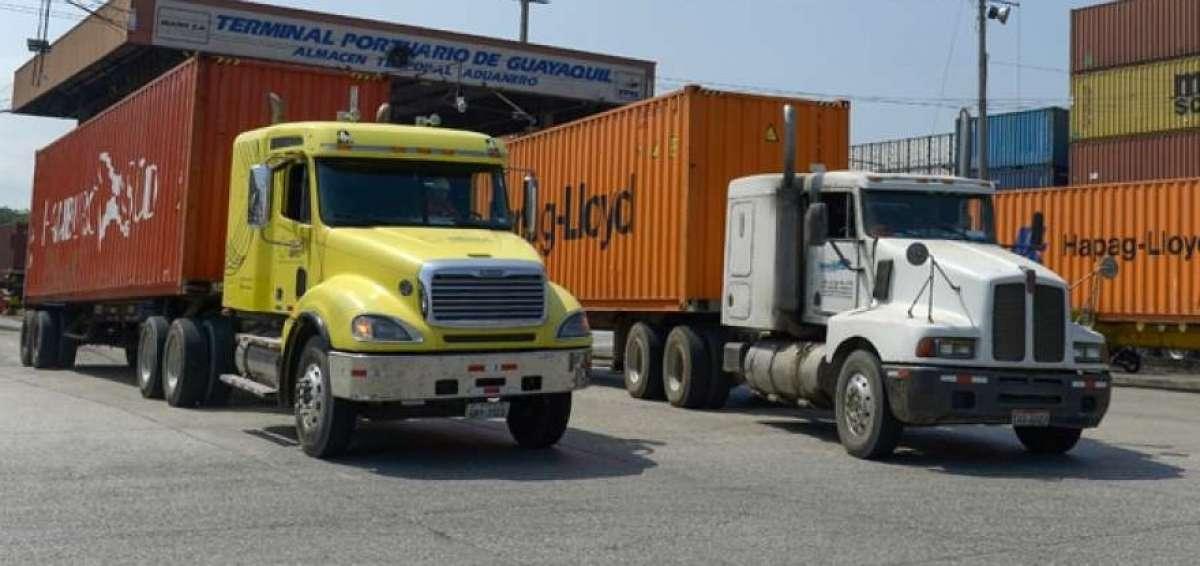 Transporte pesado reduce a la mitad viajes hacia Arica por demoras en el carguío