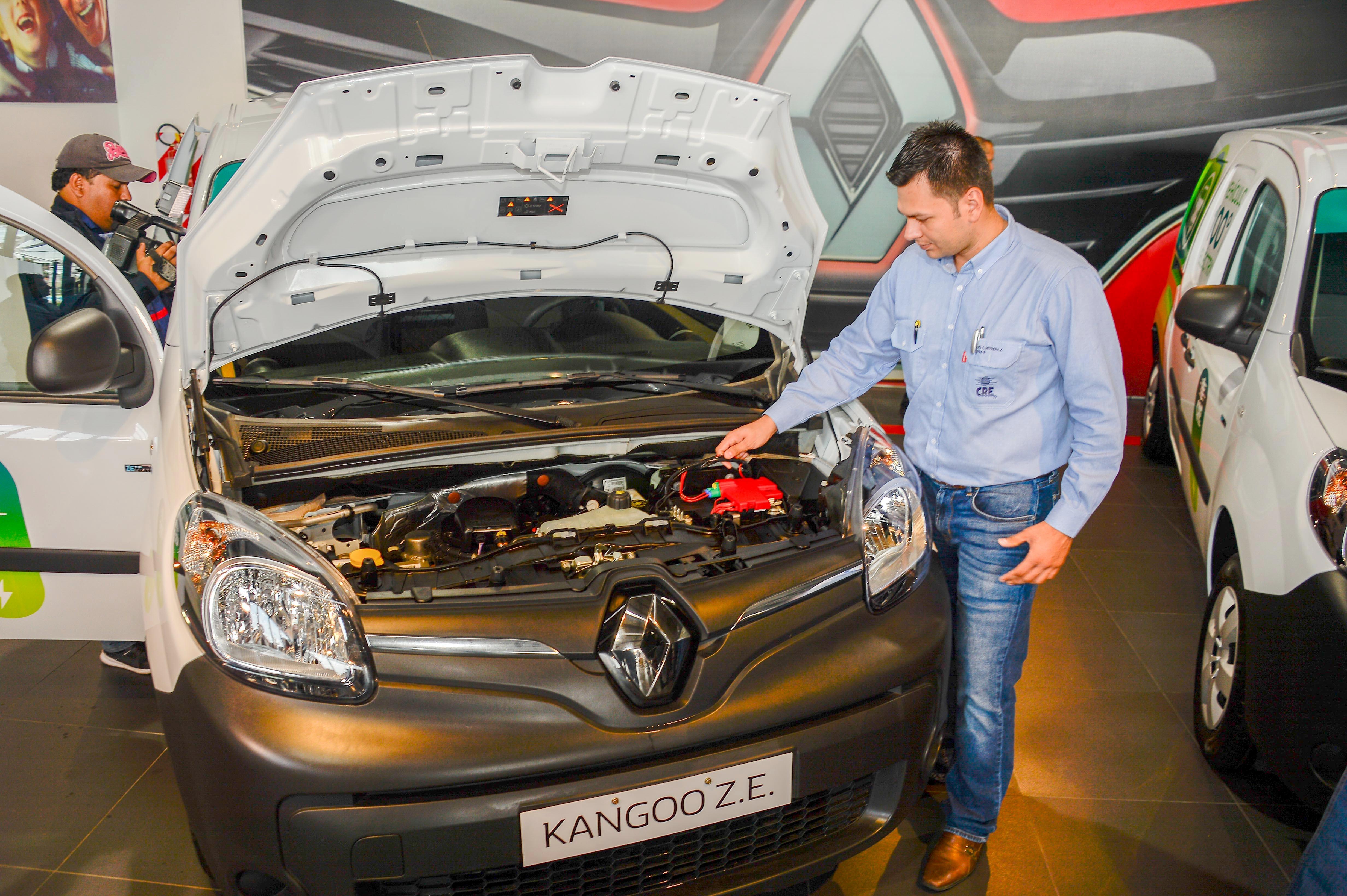Renault y la CRE dan el primer paso para la masificación de los vehículos eléctricos en Bolivia