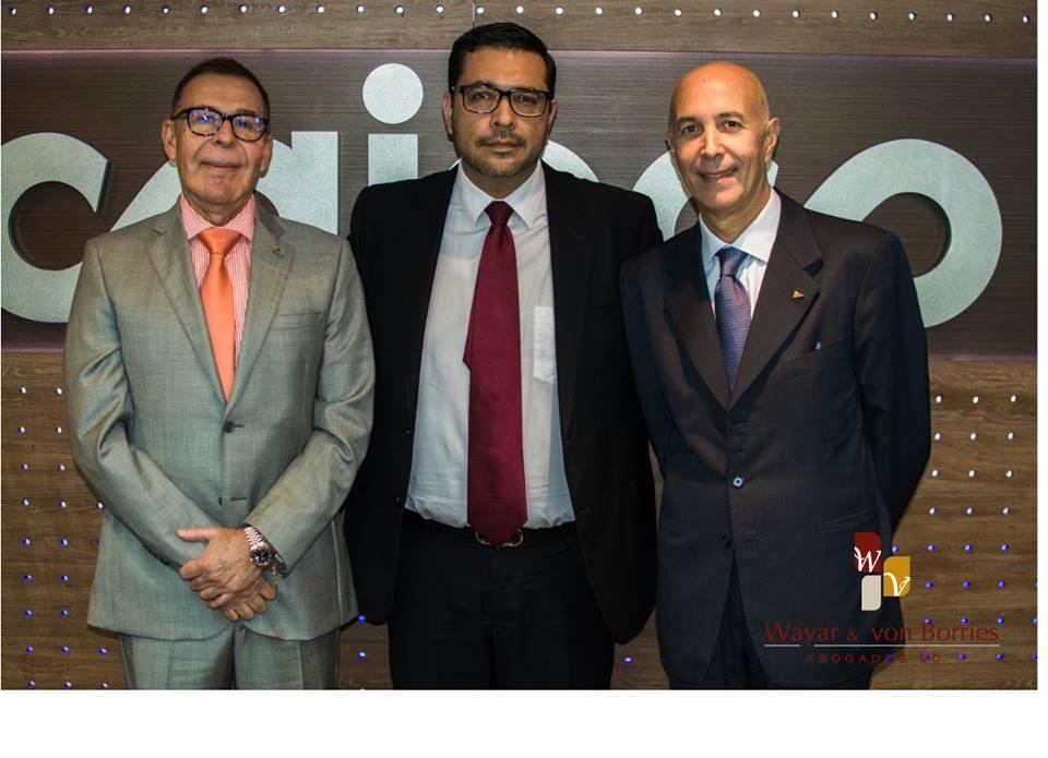Cámara de Comercio Boliviana Italiana y su comisión directiva