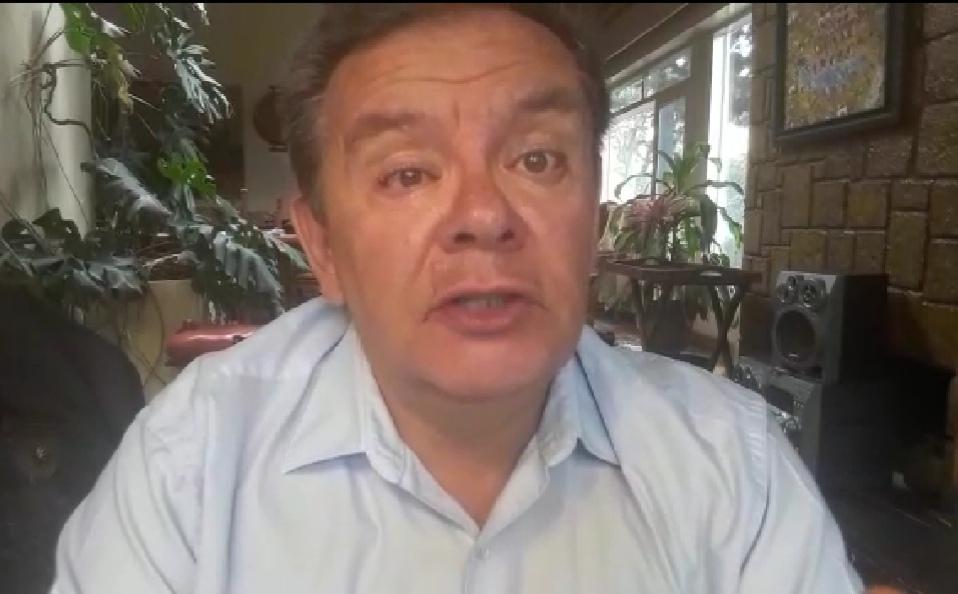 Doble aguinaldo es un atentado a la economía: Luis Eduardo Siles