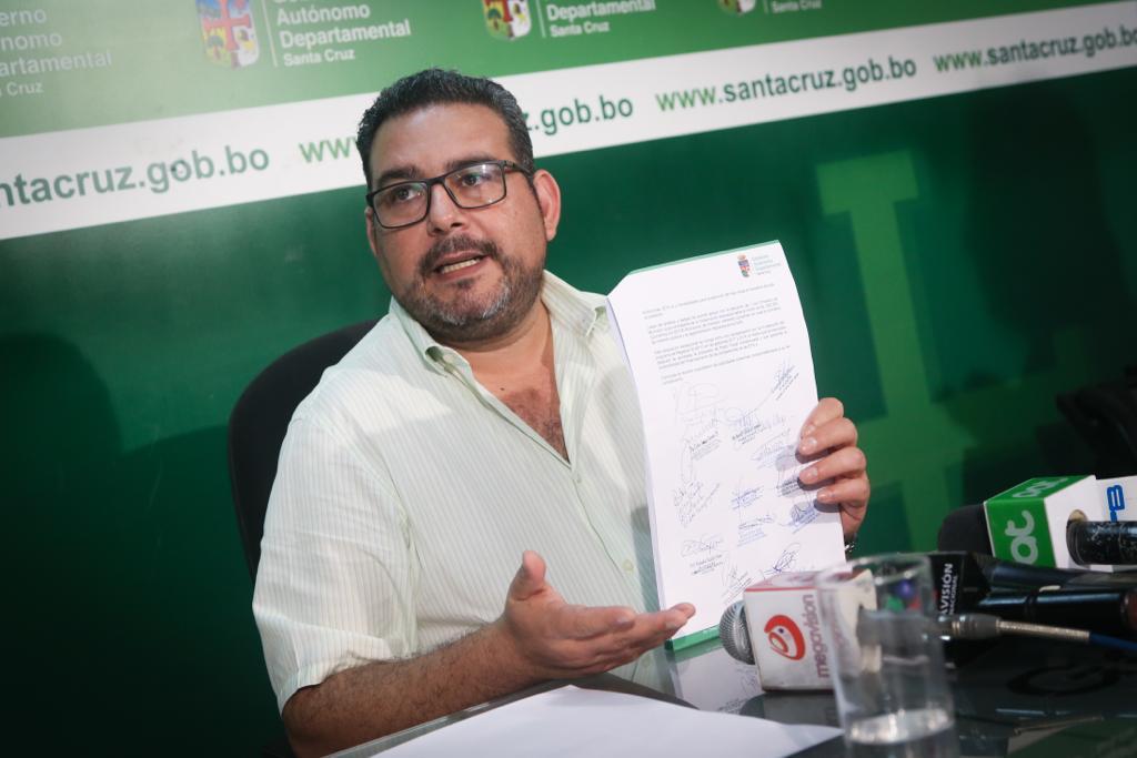 Gobernación convoca a Amdecruz a luchar por un Pacto Fiscal justo