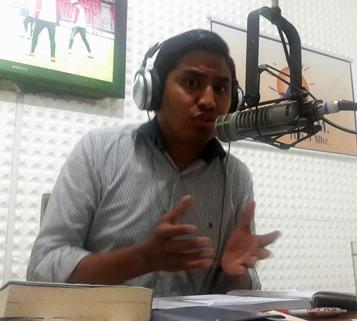 Docente universitario Adolfo Apodaca desnuda la nacionalización de Hidrocarburos en Bolivia