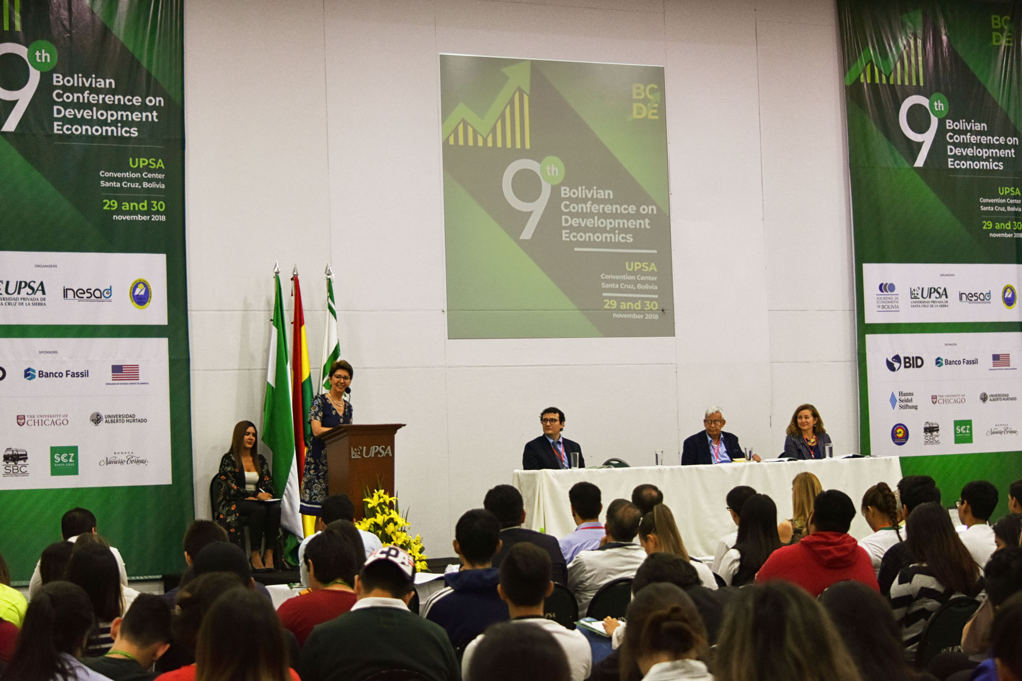 La 9ª Conferencia Boliviana en Desarrollo  Económico se desarrolló en la UPSA