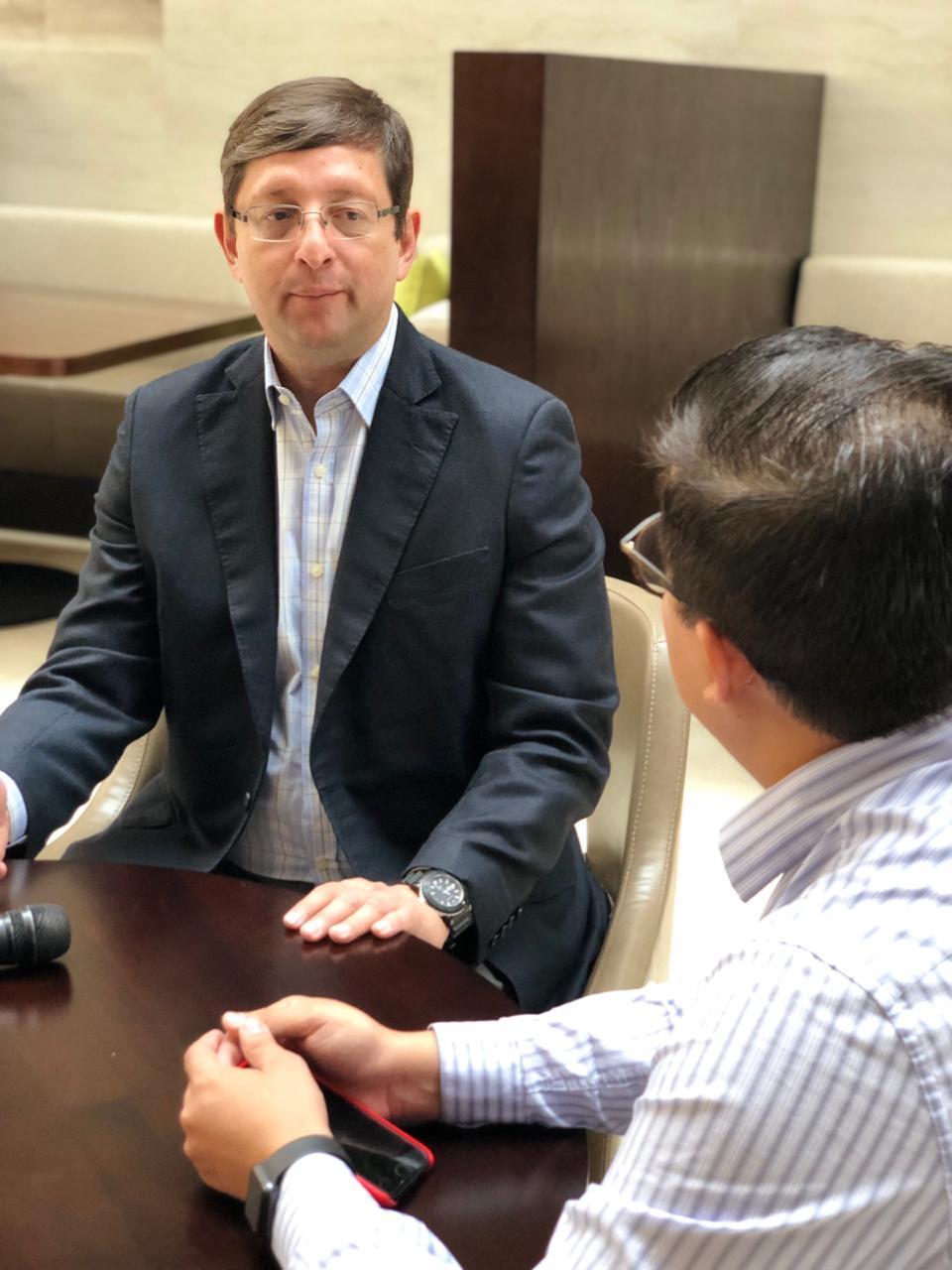 Entrevista exclusiva con candidato presidencial Oscar Ortiz sobre economía boliviana para 2019