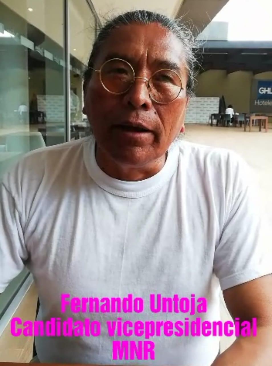Candidato vicepresidencial del MNR Fernando Untoja ve un panorama económico sombrío para 2019