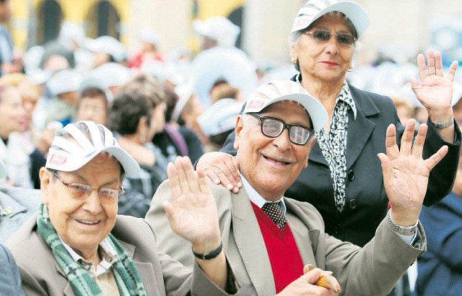Jubilados se quejan del magro incremento estatal del 4% a sus pensiones