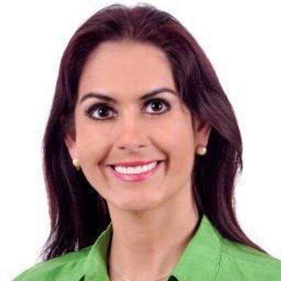 María Cristina Viscarra a paso firme a presidenta de ente cívico regional