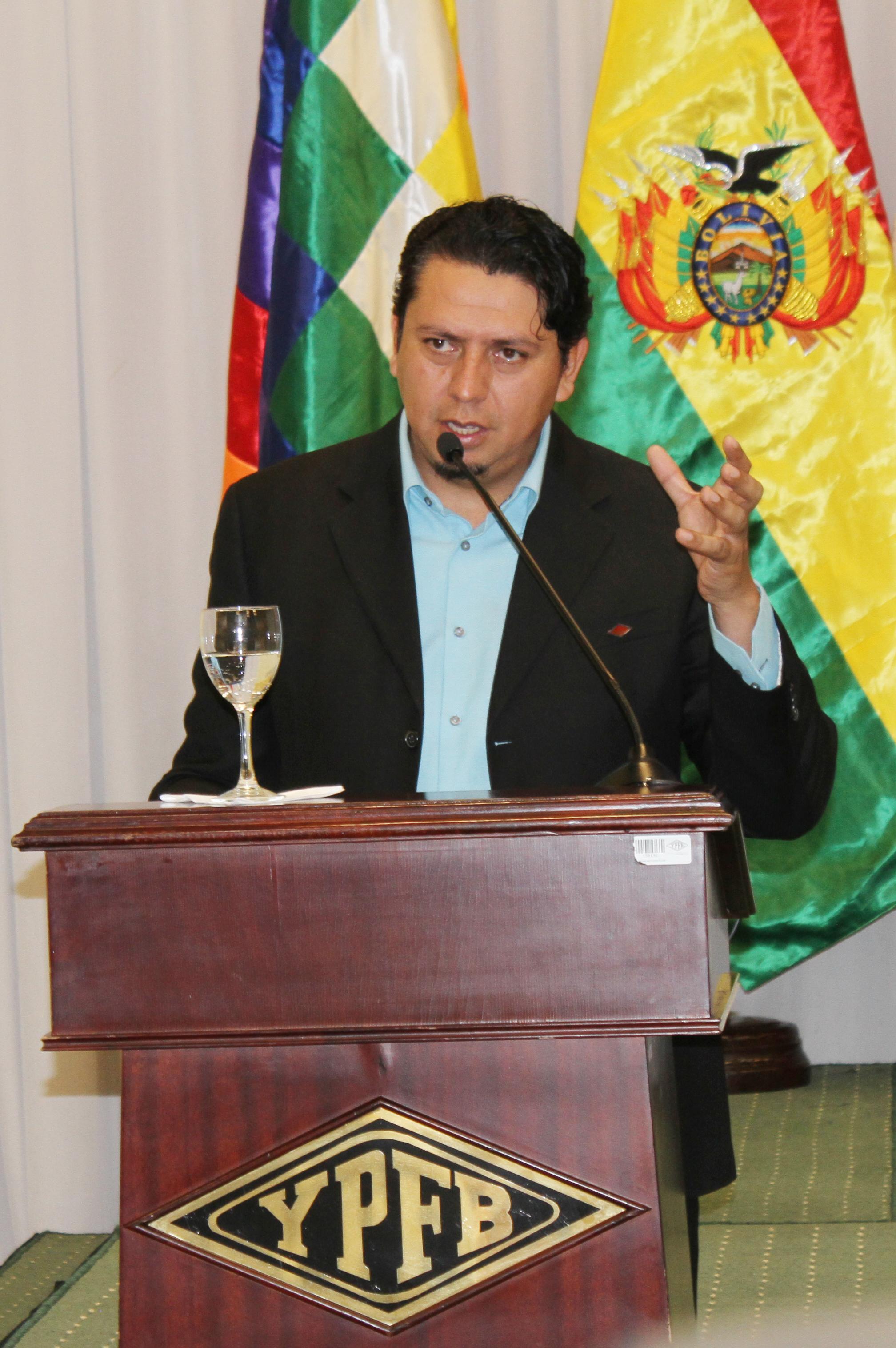 YPFB abrirá unidades de negocio en Brasil, Paraguay, Argentina y Perú