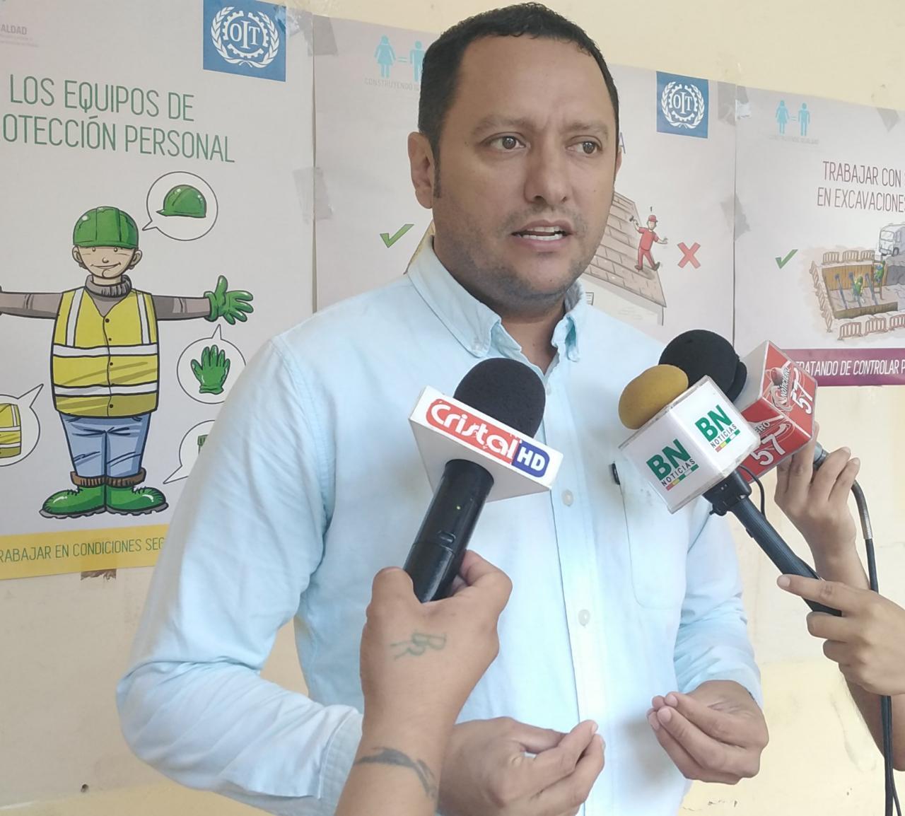 Diputado Luis F. Dorado pide informe escrito a ministro Cocarico sobre escándalo de ocupación de tierras en San Miguel