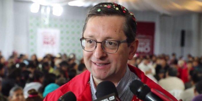 Candidato presidencial Óscar Ortíz presenta proyecto de ley para combatir corrupción