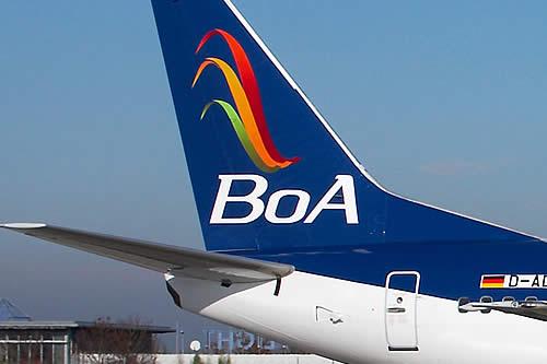 Pasajeros de BoA varados en Madrid se organizan para protestar este domingo en aeropuerto