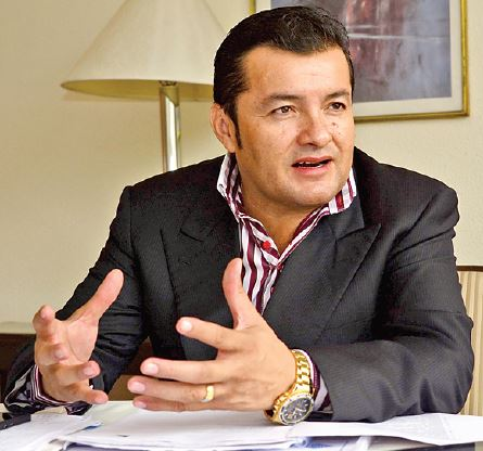Jhonny Fernández cuestiona manejo financiero del alcalde de Santa Cruz de la Sierra