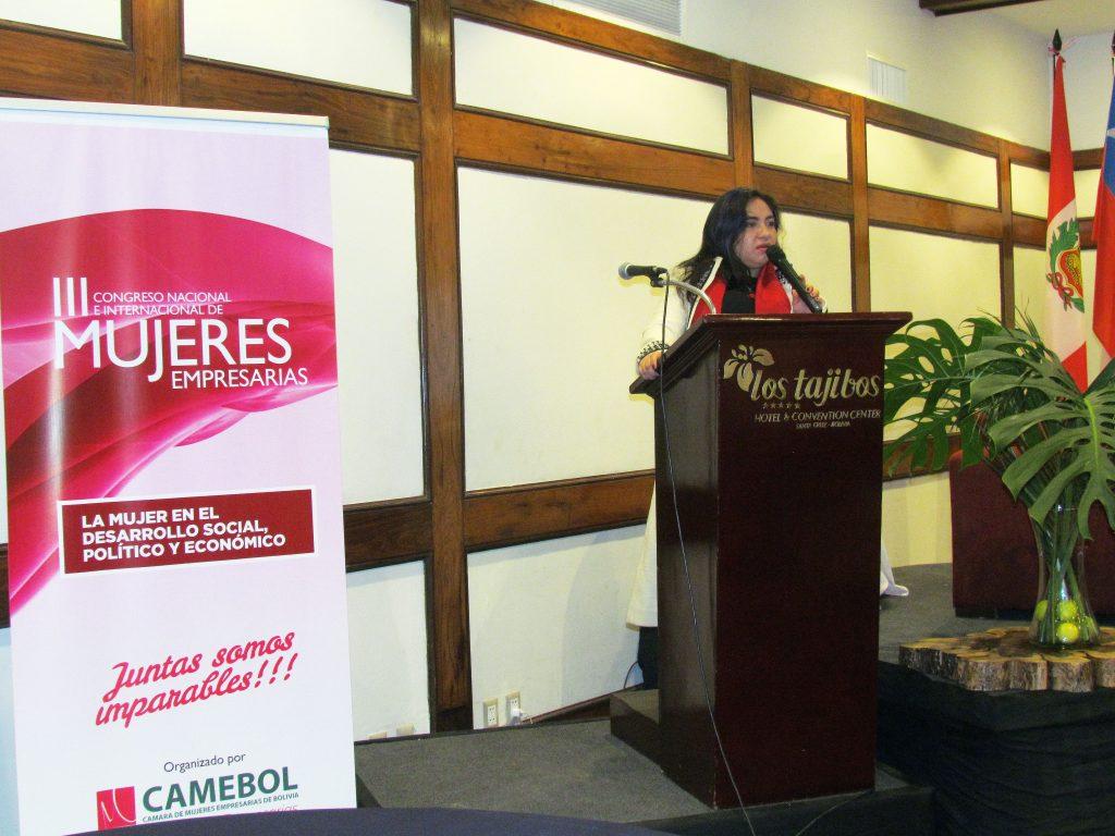 Si las mujeres forman parte activa de la economía boliviana se puede hacer un salto cualitativo: rectora de universidad privada Unifranz