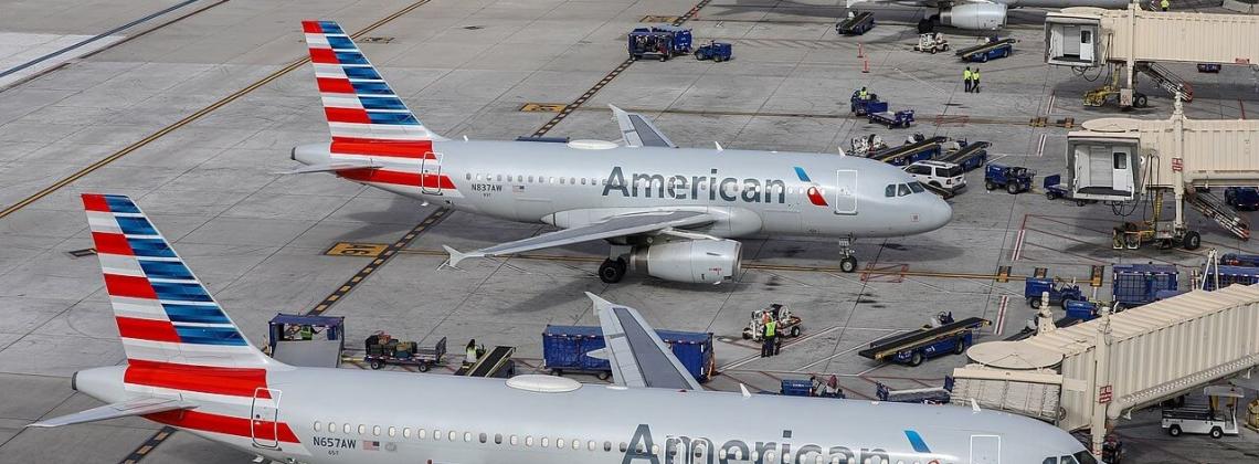 Salida de American Airlines de Bolivia obedece a baja rentabilidad