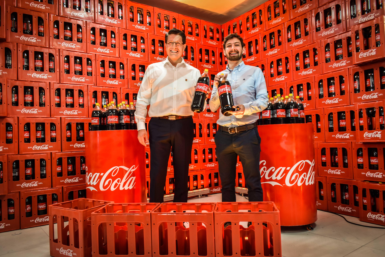 Coca-Cola presenta en Bolivia la nueva retornable de 2.5 litros