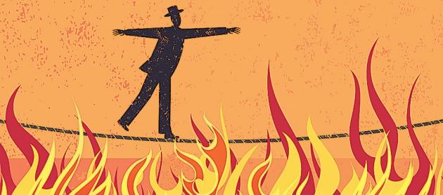 Al año se emplean 128 jornadas laborales para pagar impuestos: infierno tributario boliviano