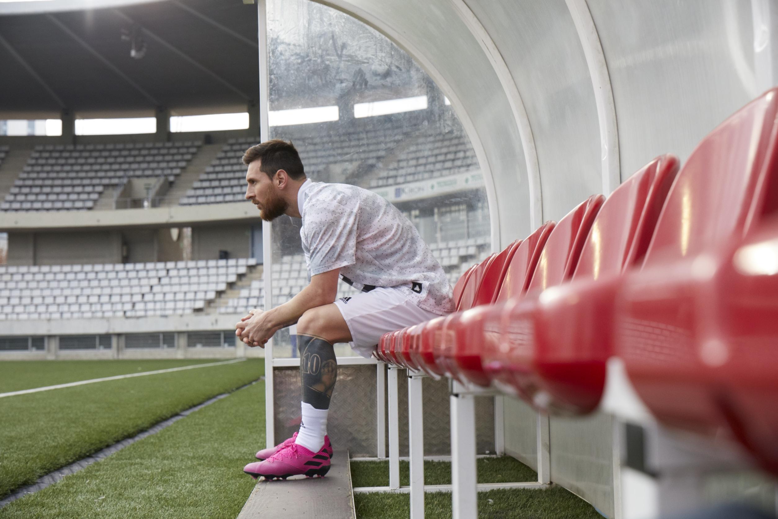 Pack Hardwired, las zapatillas de los astros del fútbol se reinventan con colores vibrantes