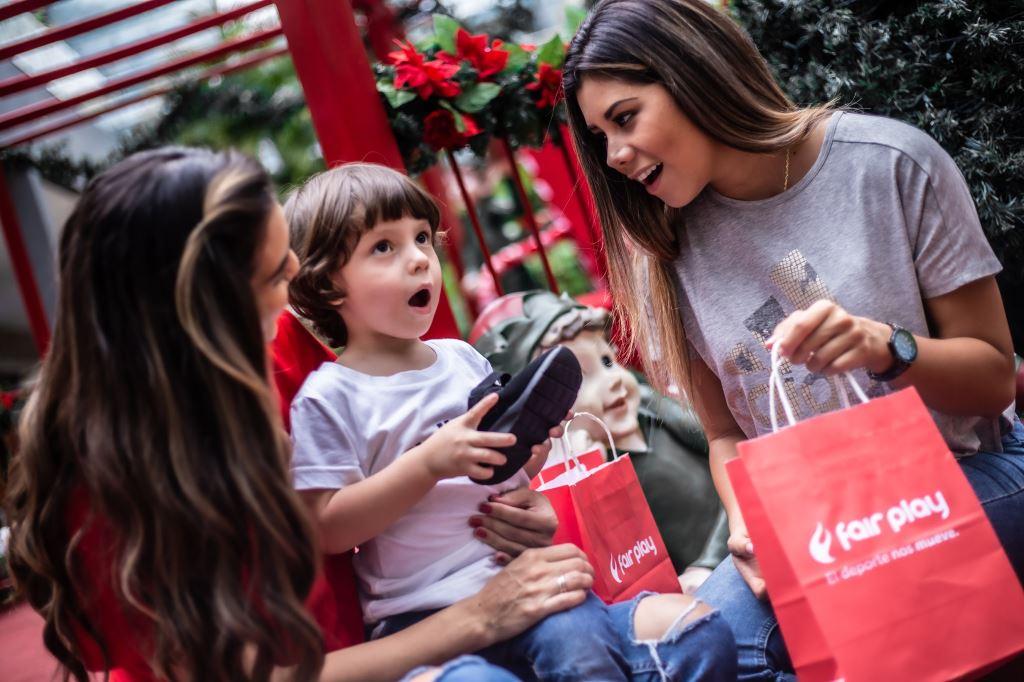 """Fair Play festeja la Navidad con su campaña """"lazos que nos mueven"""""""