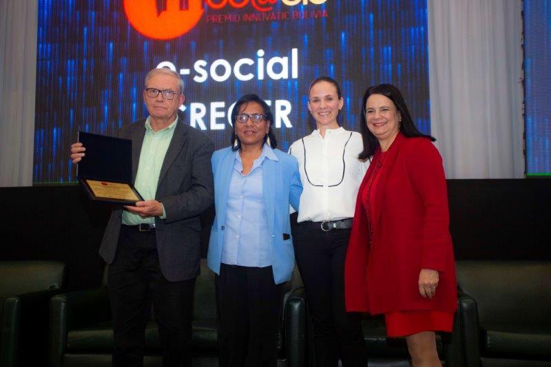 """Elproyecto """"Mujeres Conectadas"""" recibe premio a la innovación"""