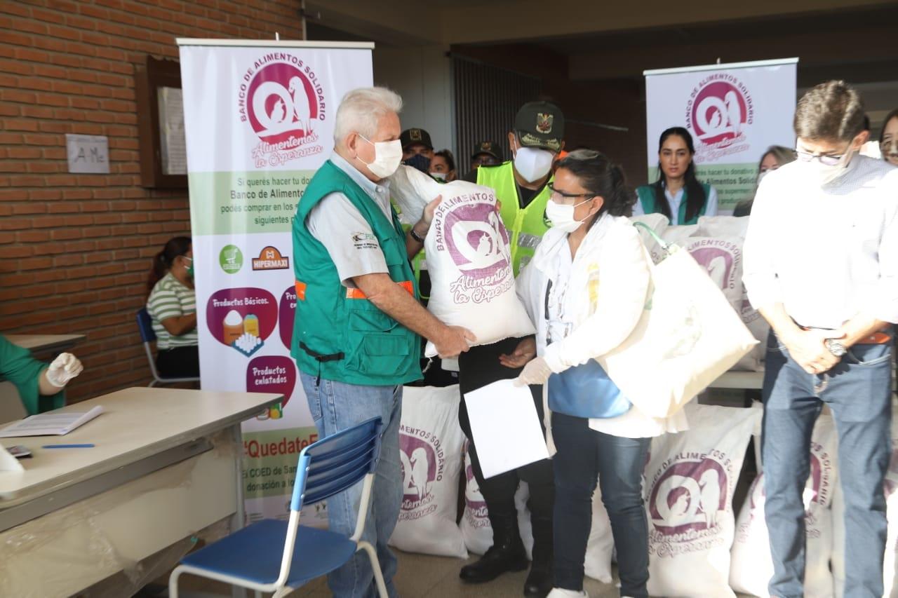 Más de 6.000 familias del distrito 5 recibieron la bolsa de alimentos del BAS