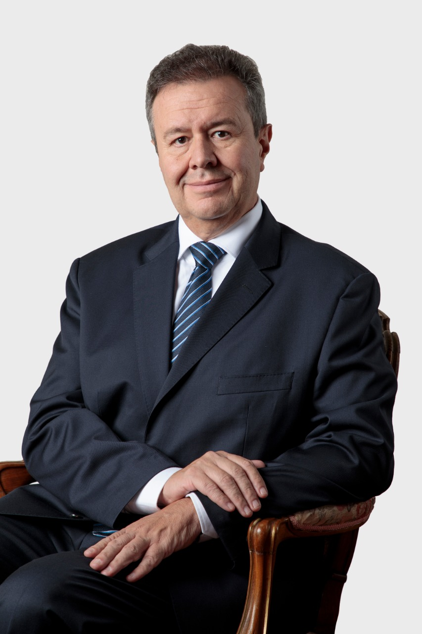 El presidente de Directorio del BNB, Pablo Bedoya se dirige a sus clientes y usuarios ante la situación del país.