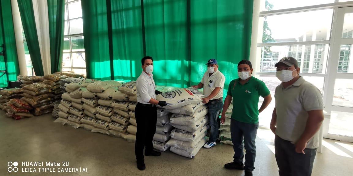 Los Tajibos contribuye a la emergencia sanitaria con la donación de alimentos