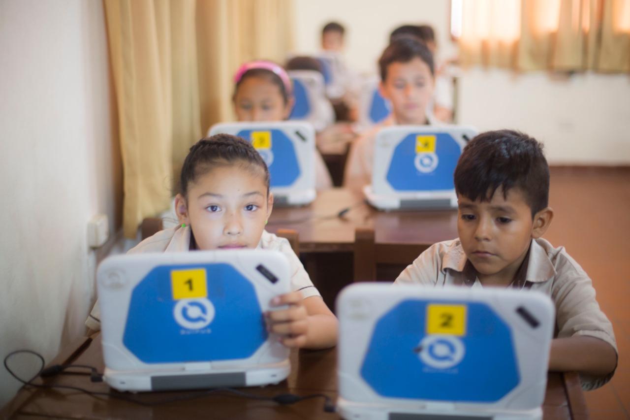Tigo celebra a los niños fomentando el uso responsable del Internet