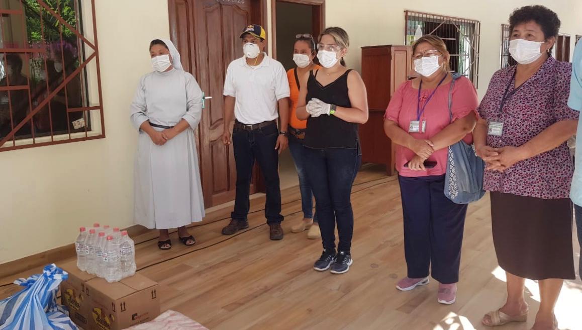 Gestión Social entrega ayuda en Roboré