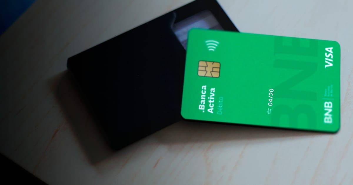 BNB amplía vigencia de las tarjetas de débito y crédito con vencimiento en el mes de abril.