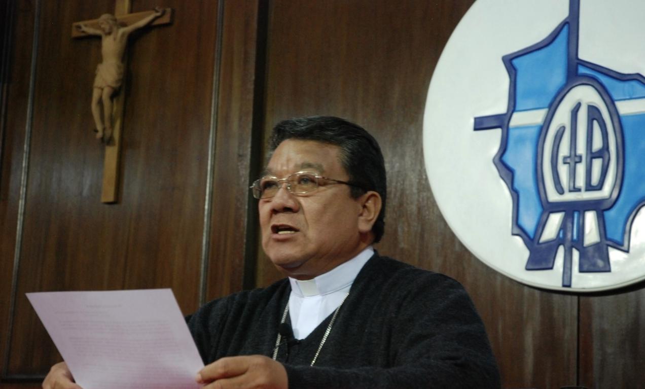 Iglesia Católica destaca corriente provida del Gobierno, tras sostener una reunión con la canciller Karen Longaric