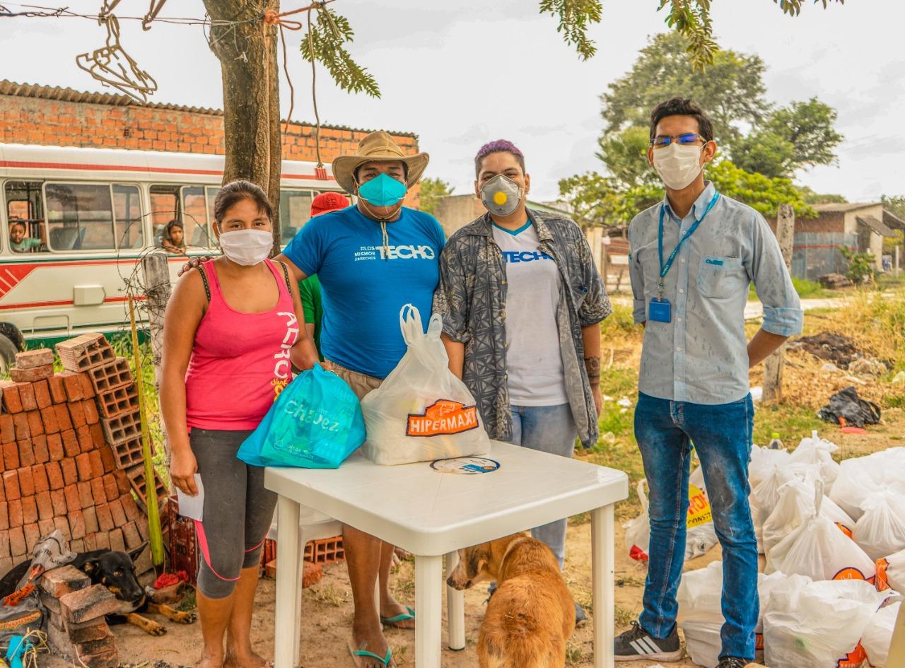 """Farmacias Chávez ayuda a más de 200 familias como parte del movimiento """"Yo por Bolivia"""""""