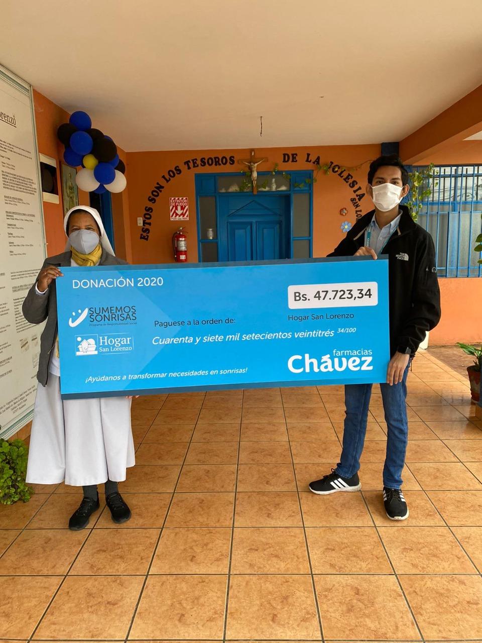 Farmacias Chávez entregó más de Bs 50 mil a dos hogares en Santa Cruz