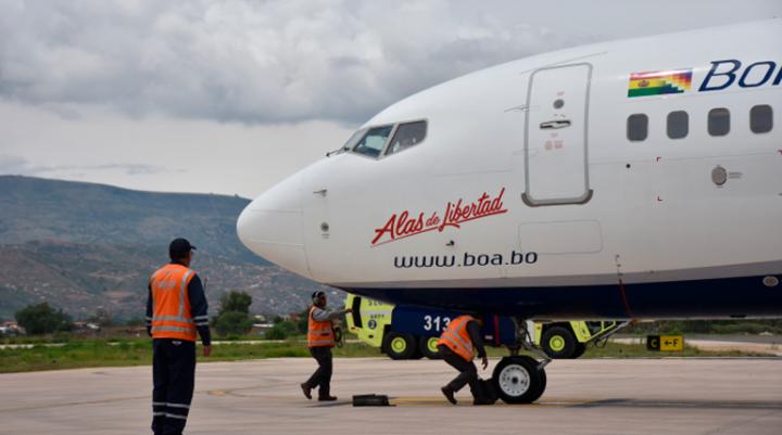 Bolivia conciliará normativa para viajes aéreos internacionales con los países que reanudaron sus servicios