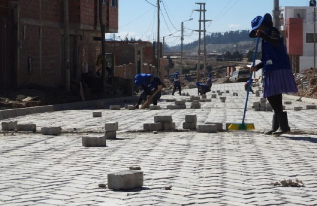 FPS inicia seis proyectos urbanos en Sucre con una inversión de Bs 11,4 millones