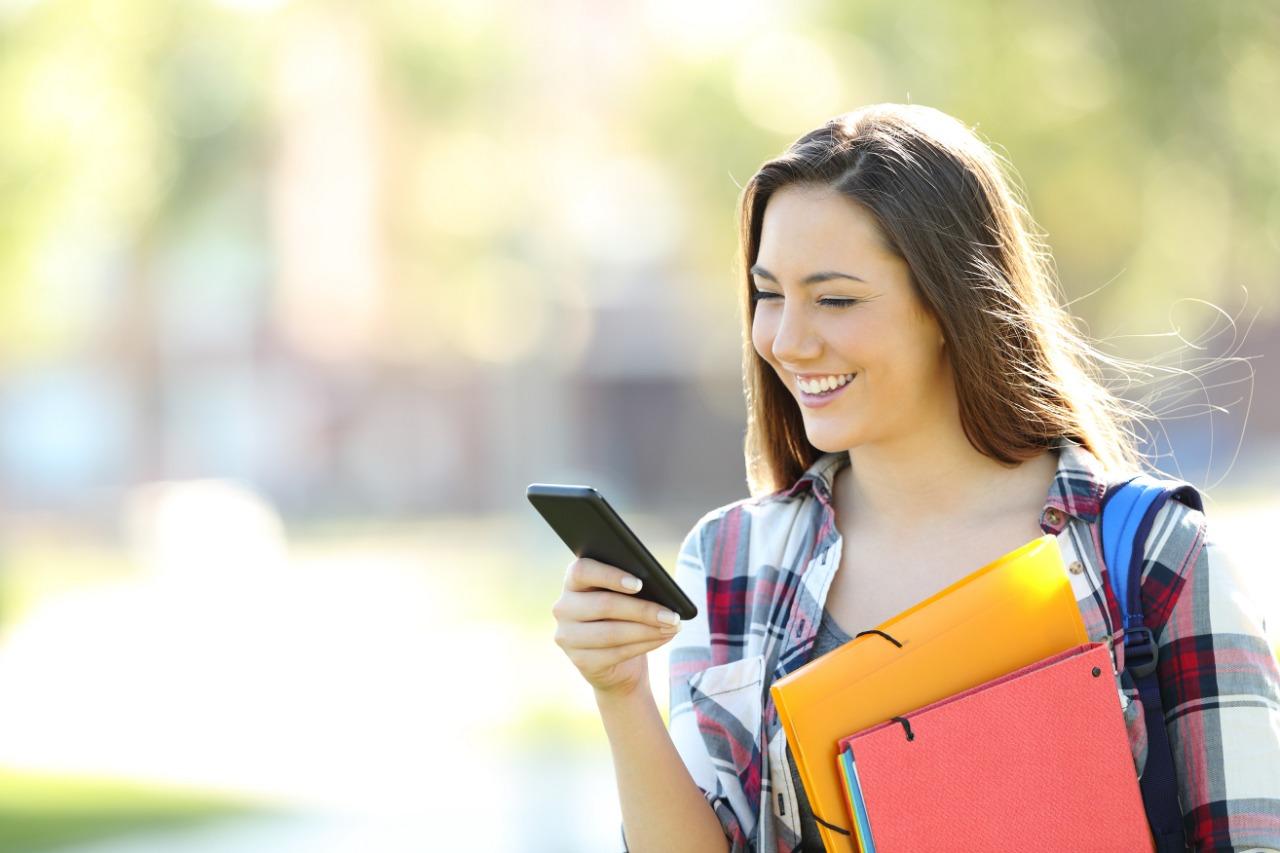 50 mil estudiantes y docentes universitarios se benefician de descuentos en paquetes de teleeducación
