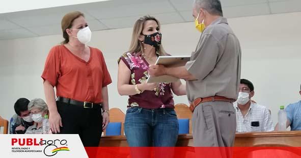 Presidenta Áñez entrega títulos agrarios y cumple sueño de productores de Pando que peregrinaron por años