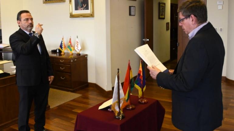 Joaquín Aponte es posesionado como nuevo presidente de la Aduana Nacional