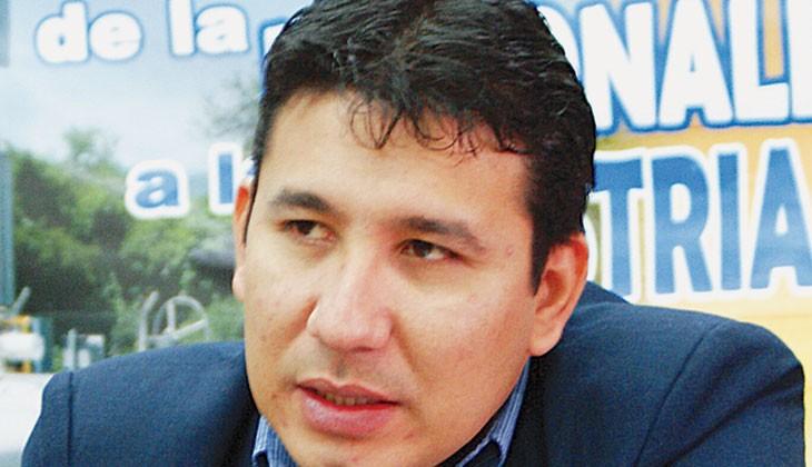 Posesionan a viceministro de Electricidad y a nuevos responsables de Ende y de la AETN