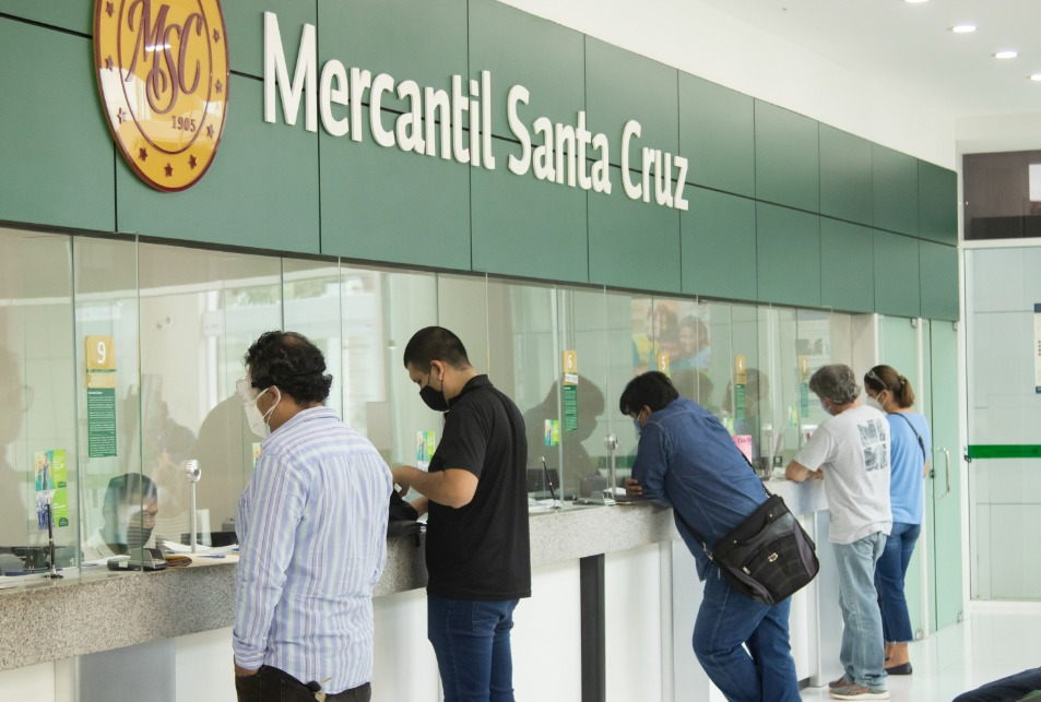 Global Banking & Finance Review® premia al Mercantil Santa Cruz como el mejor Banco Retail de Bolivia 2020