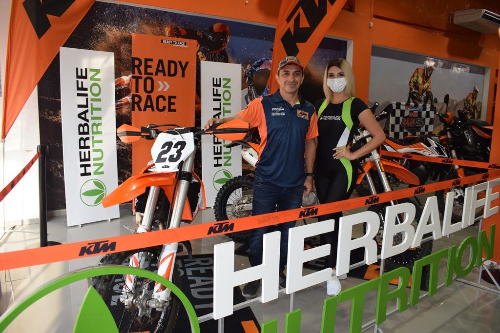 Chavo Salvatierra parte a la Baja 1.000 en busca del título mundial