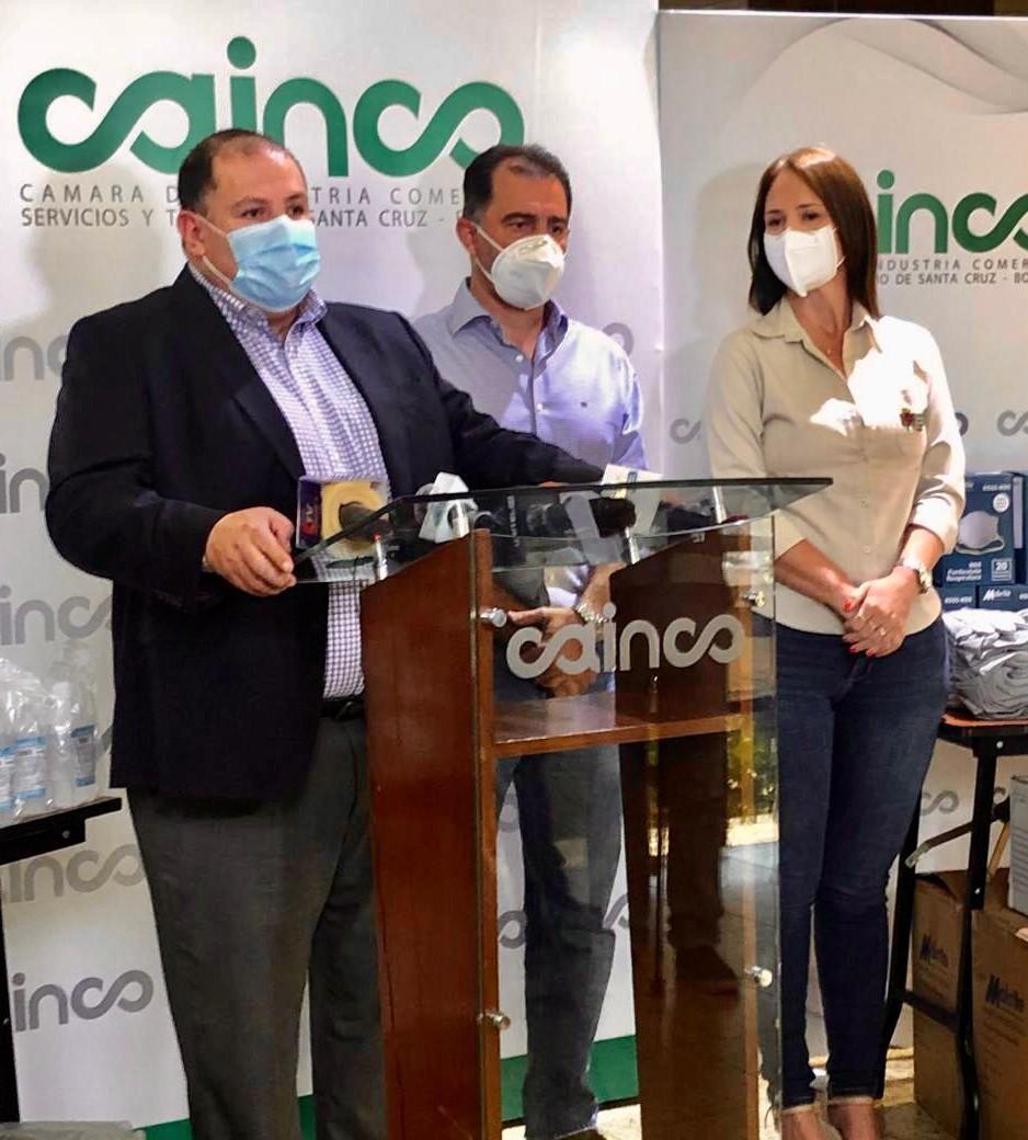 Minera San Cristóbal a través de CAINCO entrega equipamiento para bomberos forestales