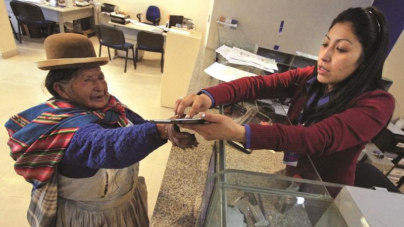 Habilitan cobro de renta y gestión de pagos para jubilados a través de GanaMóvil