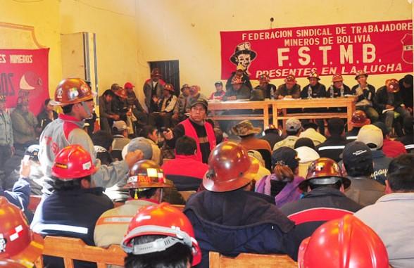 Mineros solicitan reunión con presidente Luis Arce para reactivar ese sector
