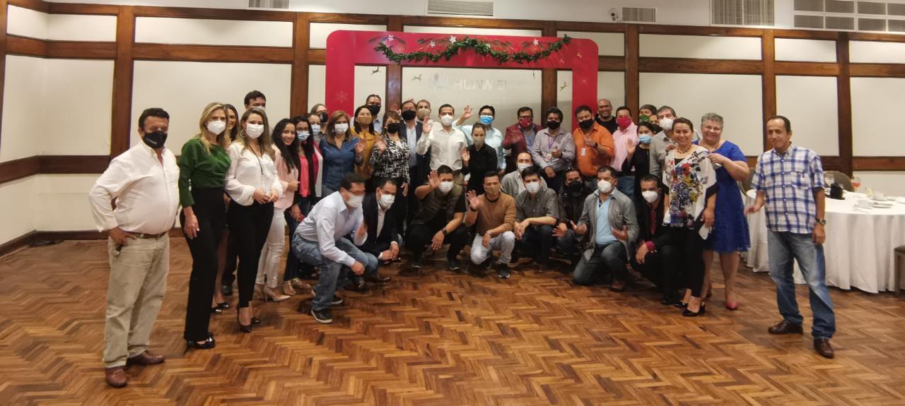 """Bajo el lema """"Juntos somos mejores"""", Huawei invita a los bolivianos a conectarse más con sus seres queridos"""