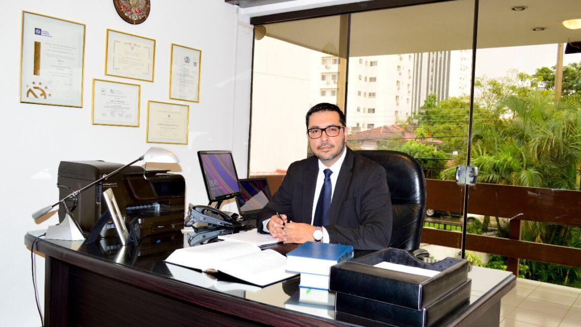 """Iver von Borries es nominado como """"abogado del año 2020 del sector hidrocarburos y energía"""""""